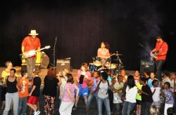 Students and teachers at the Good Hope School get down with The Homemade Jamz Blues Band.