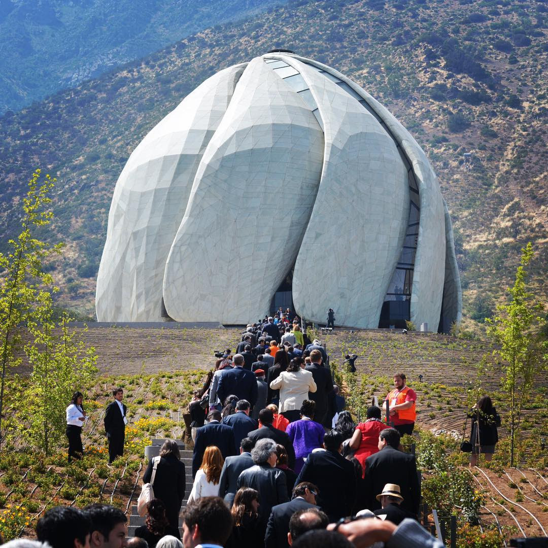 About 5,000 people attend opening of new Baha'i Temple in Chile.