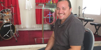 David F. Obando, pastor of Iglesia de Dios, Estrella de la Mañana.