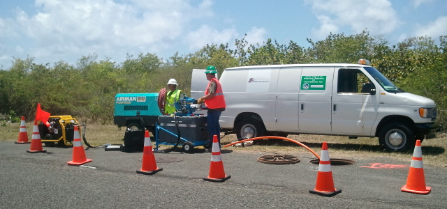 Workers for viNGN contractor All Rounder/Trans-Tel Central install fiber optic cable in 2013.