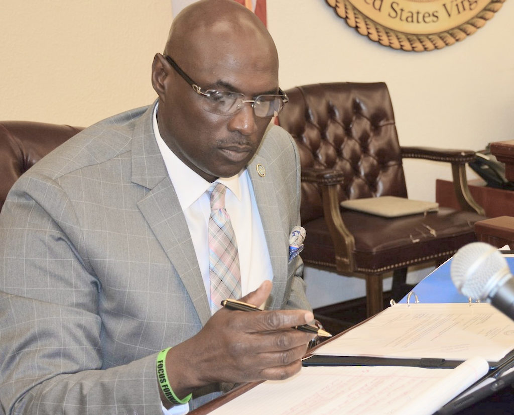 Senate President Novelle Francis conducts Monday's legislative session. (Barry Leerdam, USVI Legislature)