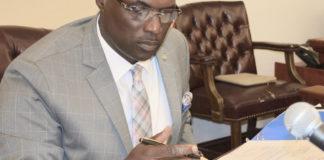Senate President Novelle Francis conducts Monday's legislative session. (Barry Leerdam, USVI Legislature)