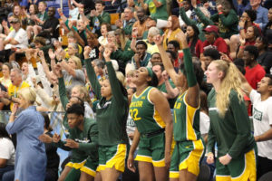 The Baylor Bears erupt as they beat Indiana. (Photo by Basketball Travelers)