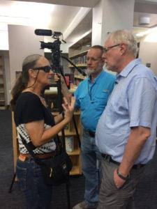 Zandi Hillis Starr and Rick Starr talk with Rasmussen. (Source photo by Don Buchanan)