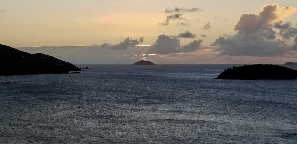 Sunset at Tropaco Point.