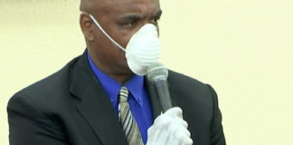 Sen. Dwayne DeGraff wears a during Friday's session. (Image from V.I. Legislature video stream)